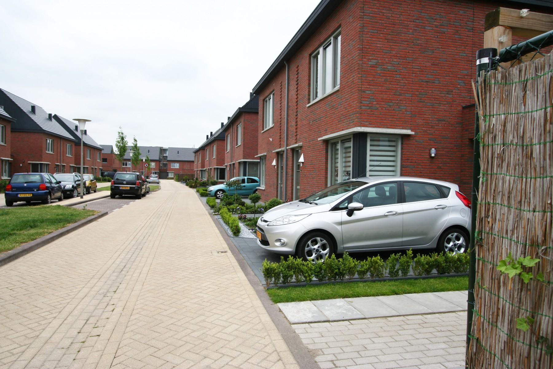 Arnhem, Schuytgraaf twee-onder-één-kapwoningen